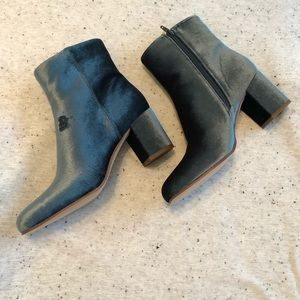 Sole Society Blue/Green Velvet Booties 8